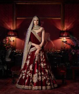 Maroon-velvet-lehenga-with-floral-gilded-threadwork-Sabyasachi-Firdaus-2016