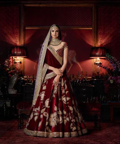 Maroon-velvet-lehenga-with-floral-gilded-threadwork-Sabyasachi-Firdaus-2016