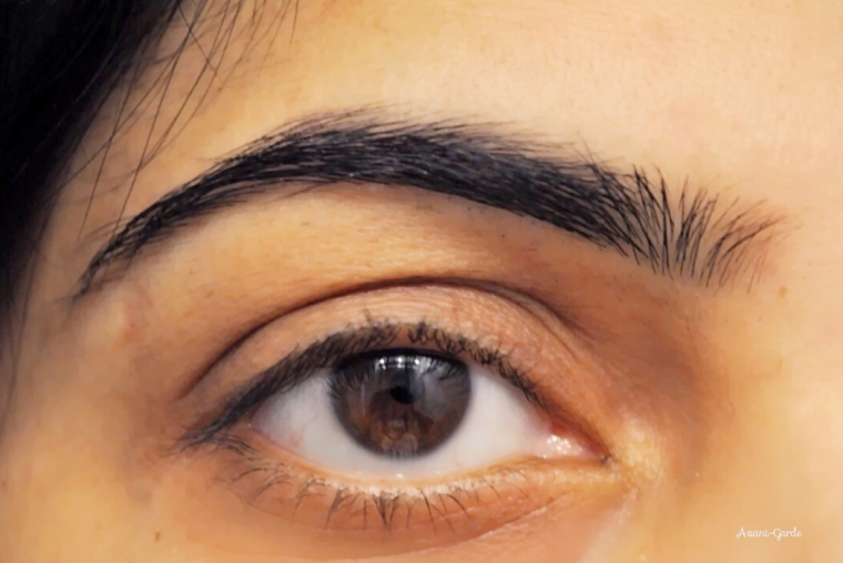 bare-eyes