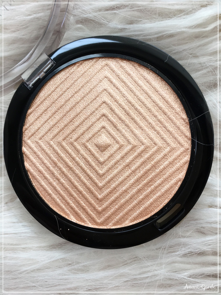 Maybelline Master Chrome Highlighter Review
